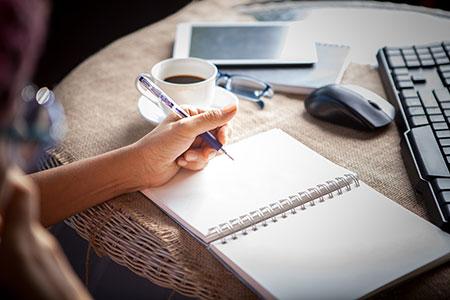 advantages-of-hiring-freelancers
